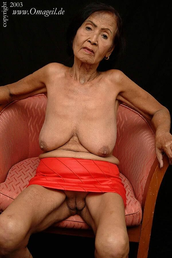 shaven asian pussy