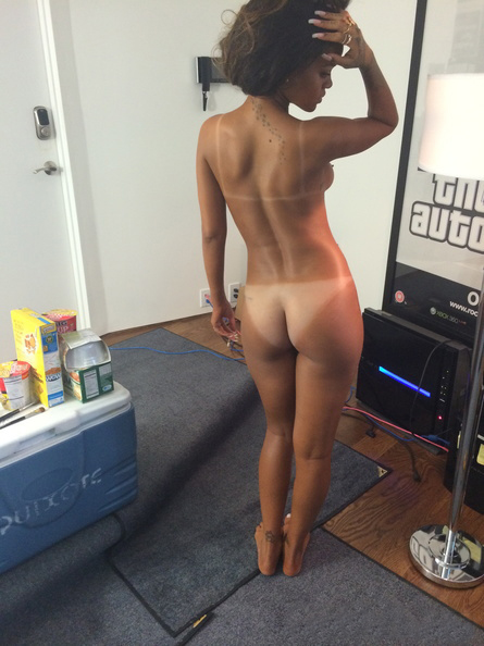 sexy housewifes
