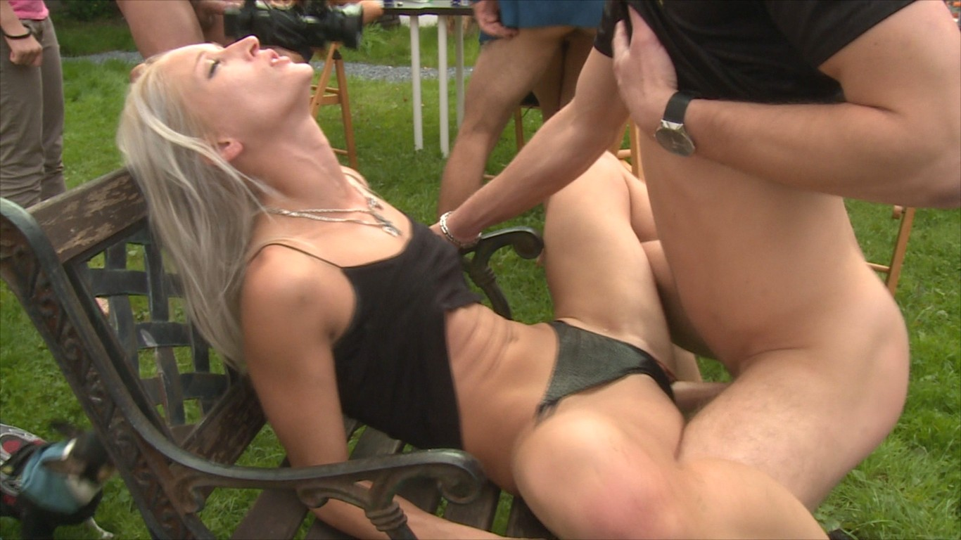 pussy eating free videos