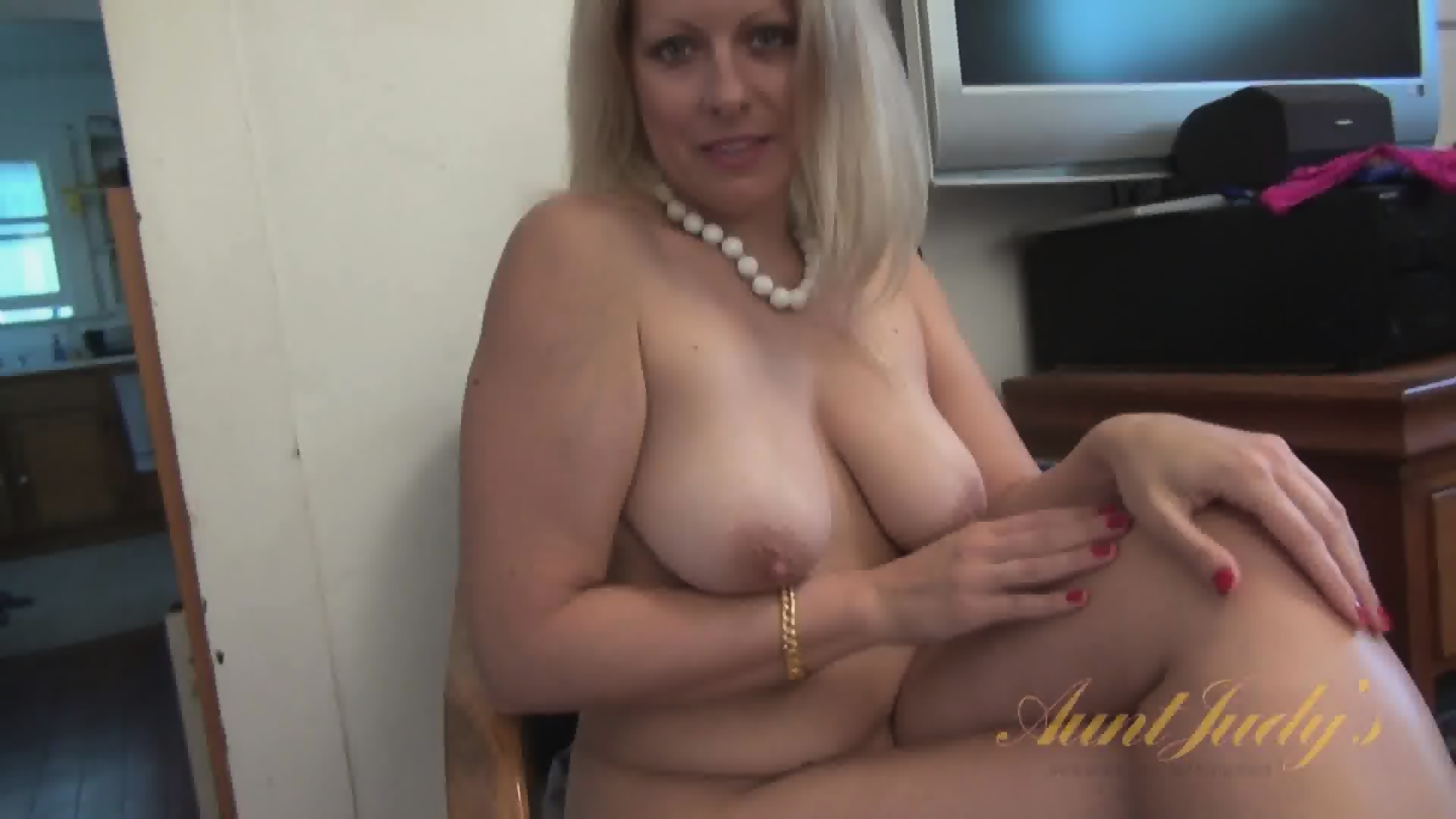 middle aged women looking for sex